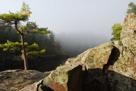 Color image of a rocky outlook at Interstate State Park, 2014. Photograph by Minnesota Department of Natural Resources Staff.