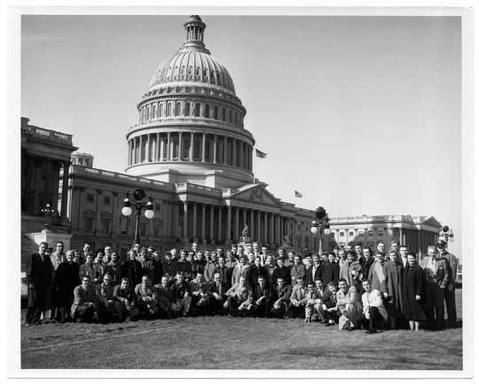 Coya Knutson and Concordia College Choir members posing in front of US Capitol Building