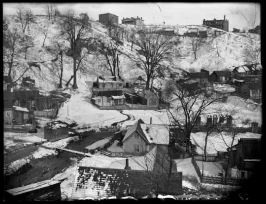 Black and white photograph of Swede Hollow, ca. 1910.
