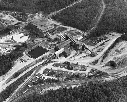 aerial photograph of Mesabi Iron Company plant