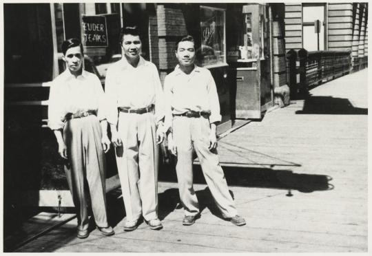 Huie family members outside Joe Huie's Café