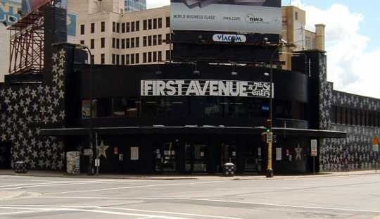 Color image of First Avenue nightclub, 2005. Photograph by Wikimedia Commons user Mulad.
