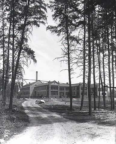 Main building from southwest, State Sanatorium near Walker