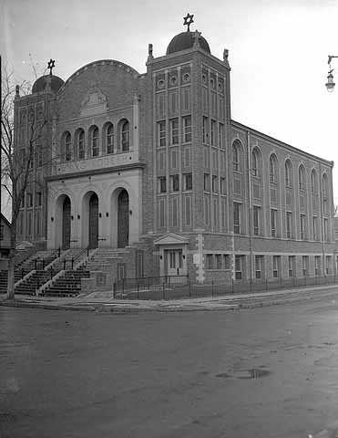 Mikro Kodesh Synagogue, 1004 Oliver Avenue North, Minneapolis
