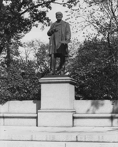 Statue of John S. Pillsbury
