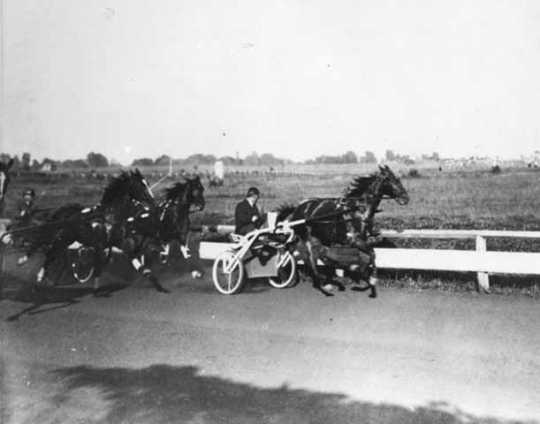 Dan Patch leading in race