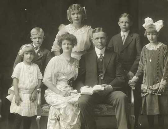 Governor and Mrs. Adolph Eberhart with their children