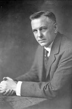 Black and white photograph of Henry Longstreet Taylor, c.1917. Photograph by Golling Studio.