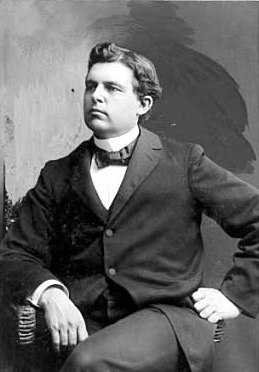 Black and white photograph of Lafayette Bliss, ca. 1900. Photographed by the Yates sisters.