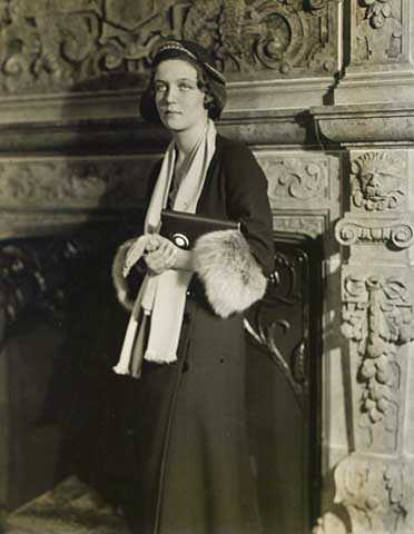 Black and white photograph of Mary L. Griggs, daughter of Theodore and Mary Griggs, 1931. Photographed by Kenneth M. Wright Studios