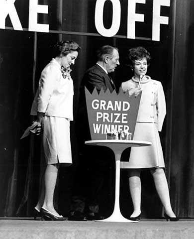 Black and white photograph of Barbara Thornton and Art Linkletter at Pillsbury Bake-Off, Dallas, Texas, 1968.