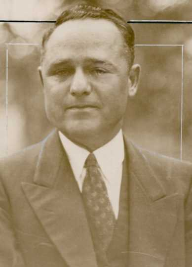 Black and white photograph of St. Paul underworld boss and bootlegger Leon Gleckman, c.1935.
