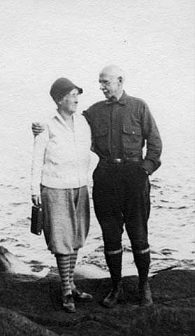 Black and white photograph of Edward F. Waite and his wife, Alice Maud Waite, c.1935.