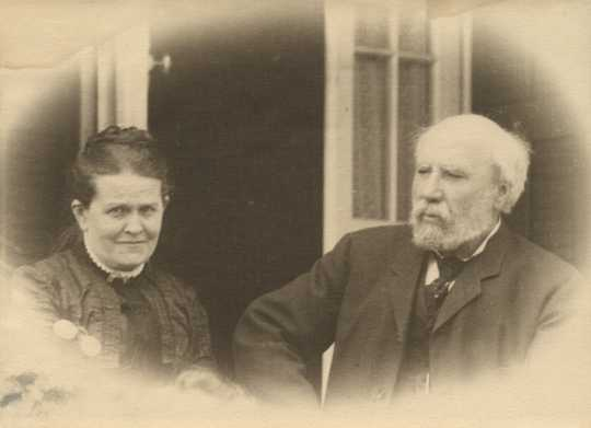 Black and white photograph of James J. and Mary T. Hill, 1906.