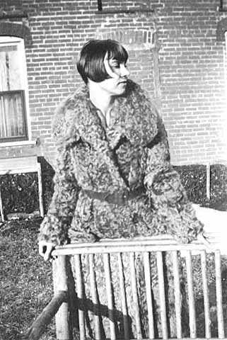 Photograph of Wanda Gág in 1930.