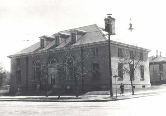 Black and white photograph of the Anoka Post Office, located on the south-east corner of Main Street and Third Avenue, undated.