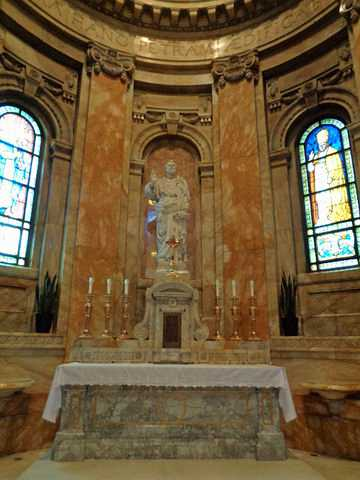 Color image of the Cathedral of St. Paul's St. Peter chapel. Photographed by Paul Nelson on July 16, 2014.