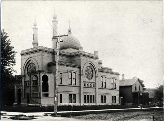 Black and white photograph of Temple Israel, Minneapolis, 1890.