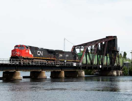 Canadian Northern 347 train crossing the Ranier Bridge
