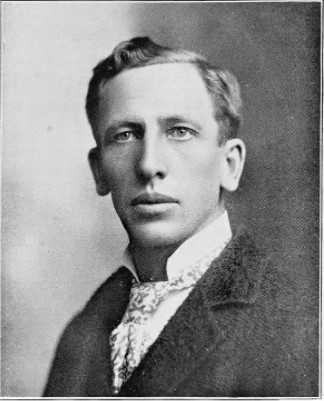 Black and white photograph of Swan Turnblad, longtime manager and publisher of Svenska Amerikanska Posten ca. 1890s.