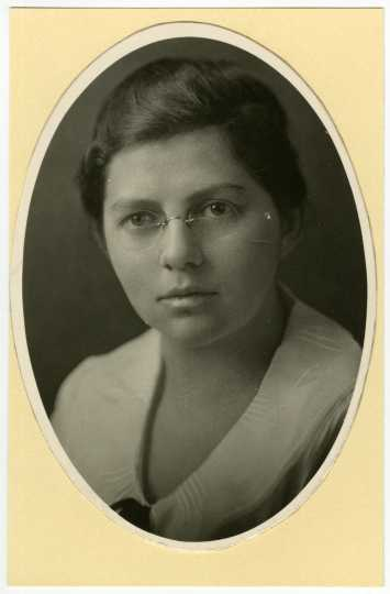 Portrait of Ruth Boynton from 1920.