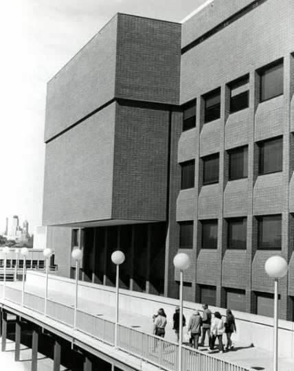 Kolthoff Hall, 1971.