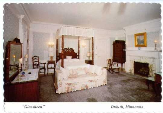 Glensheen bedroom, undated.