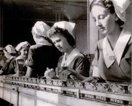 Women working in the Hormel plant in Austin, Minnesota